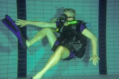 Kramp in de kuit, handig als je dit zelf kunt verhelpen onderwater.